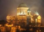 17Esztergom_bazilika_lights