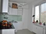 11. Pohlad na kuchyňu s prechodu
